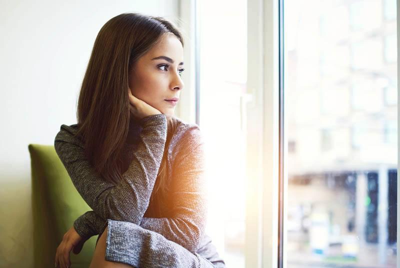 6 Signos Físicos Reales Que Alguien Está Pensando En Ti