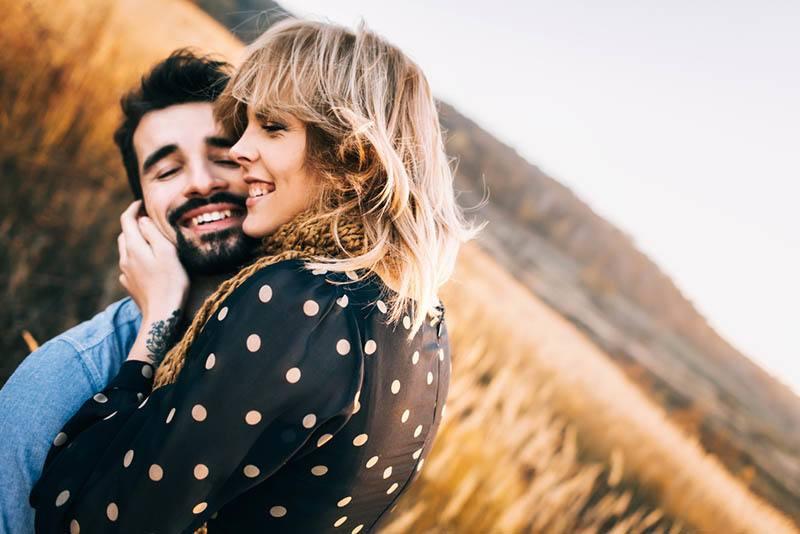 Como Saber Si Me Quiere? 22 Maneras De Saber Que Tiene Ojos Sólo Para Ti