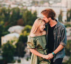 La mejor relación de tu vida será con la persona que se siente como de la familia