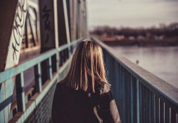 Tal vez Dios te está haciendo esperar porque quiere que aprendas que no hay una línea de tiempo para nada en la vida